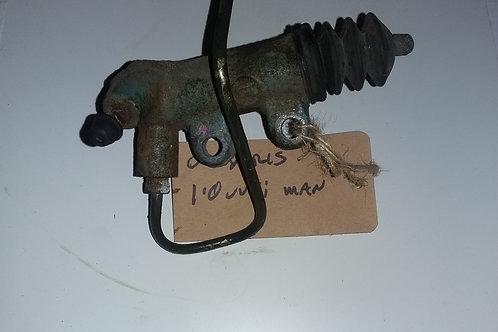 MK1 Yaris clutch slave cylinder 1.0vvti