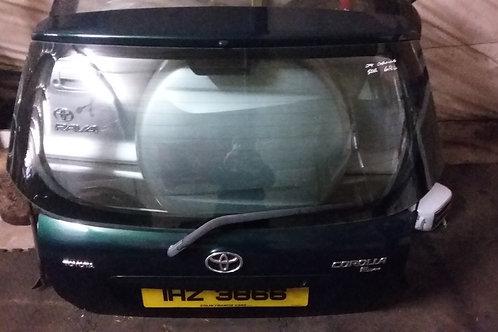 Corolla boot lid trunk hatchback 5dr green 6r4 03-06