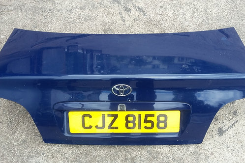 Avensis boot lid trunk saloon blue 99-03