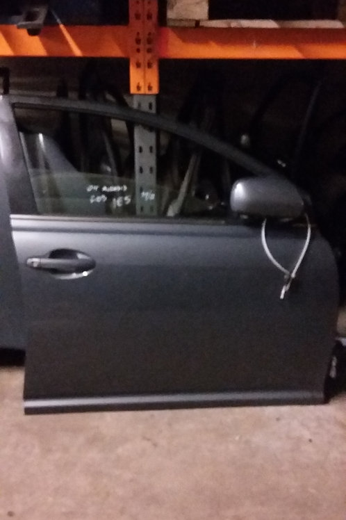 Avensis front drivers side door o/s hatchback grey / silver 1E5