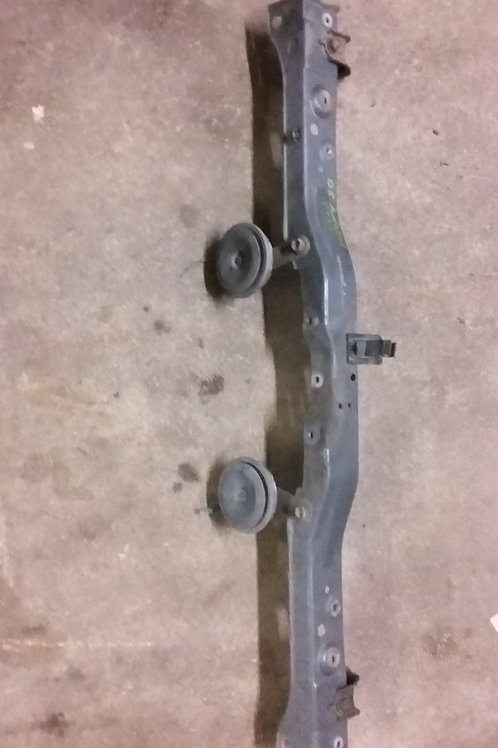 Avensis front slam panel bracket 03-06