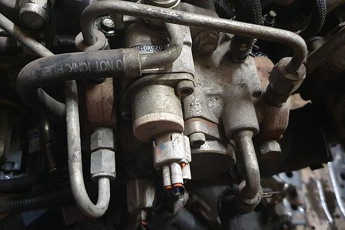 Auris diesel fuel pump 2.2 d4d sr 180 d-cat 22100-0R020