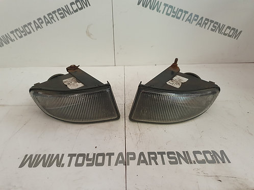 Avensis T22 front fog lights hella pair 97 - 00