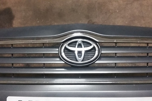 Avensis front grill 03 - 09