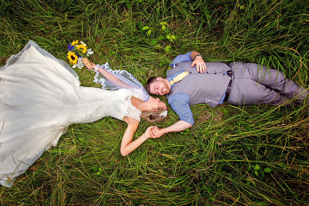 Helpful tips in choosing your wedding date