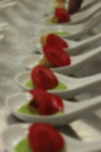 Smoked Pea Puree/Baby Scallop/Pickled Radish