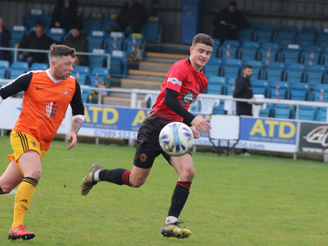 CML Round-up: Staveley win opener on new pitch