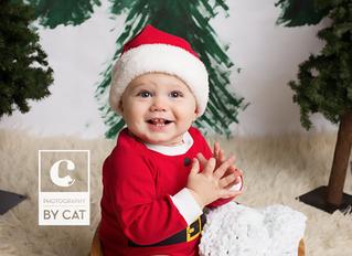 Photographers in Lansing, MI // [B] Christmas Mini plus first birthday session