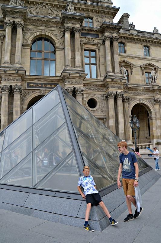 Louvre Hjalte og Arvid