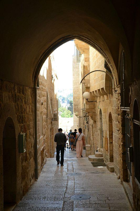 På vej gennem den gamle by