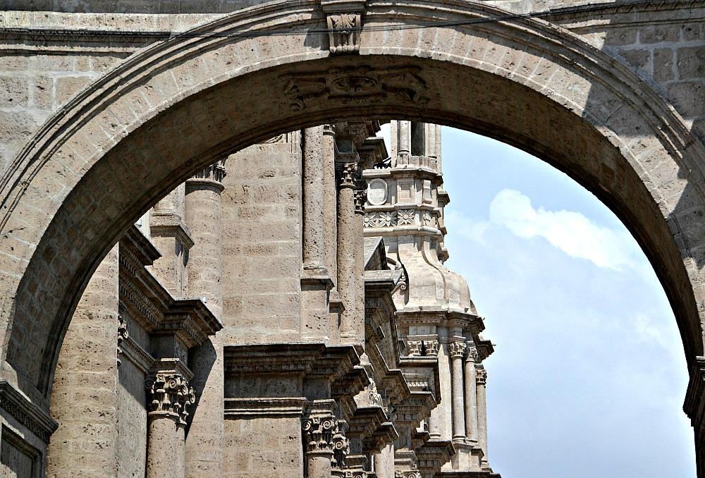 Arco Plaza de Armas