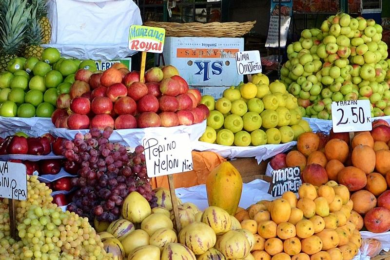 El Mercado en Av. Avellino Cáceres