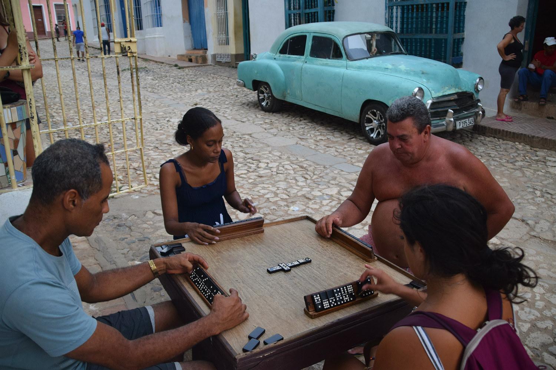 Dominospil i Trinidad