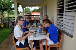 God mad i vores AirBnB-lejlighed