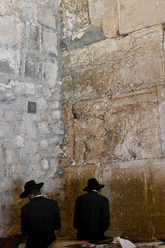 Bøn i synagogen