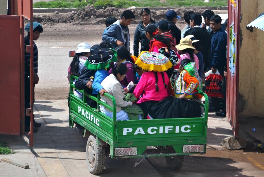 Juliaca taxi.jpg