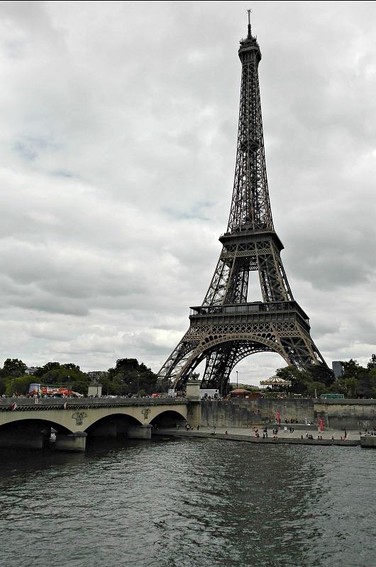 Seinen og Eiffel