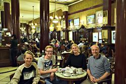 Fra Café Tortoni, byens ældste café