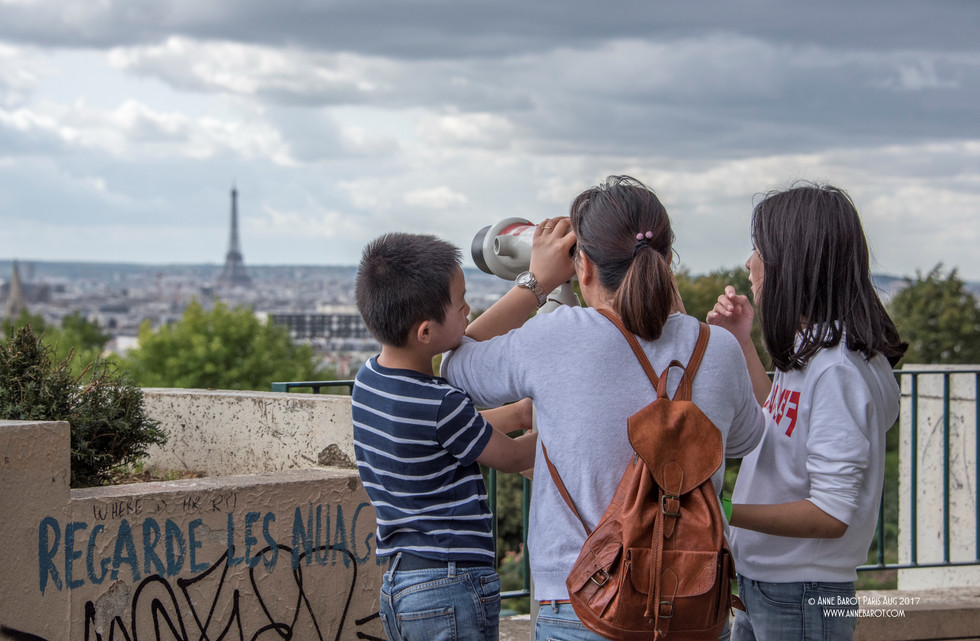 Another great spot to be shot by the #EiffelTower