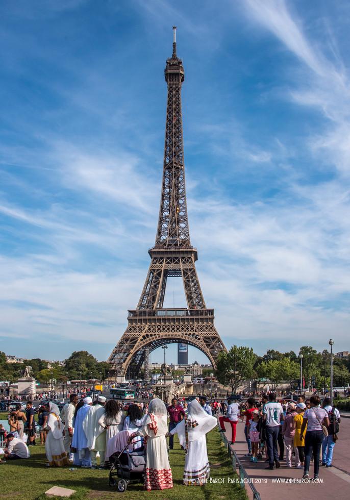 Shooting a wedding in #Paris