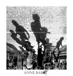 Dancing shadows in Paris