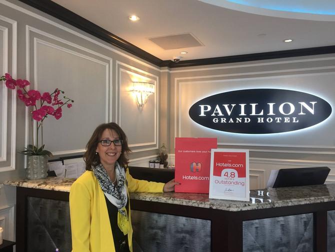 Pavilion Grand receives certificate of recognition from Hotels.com