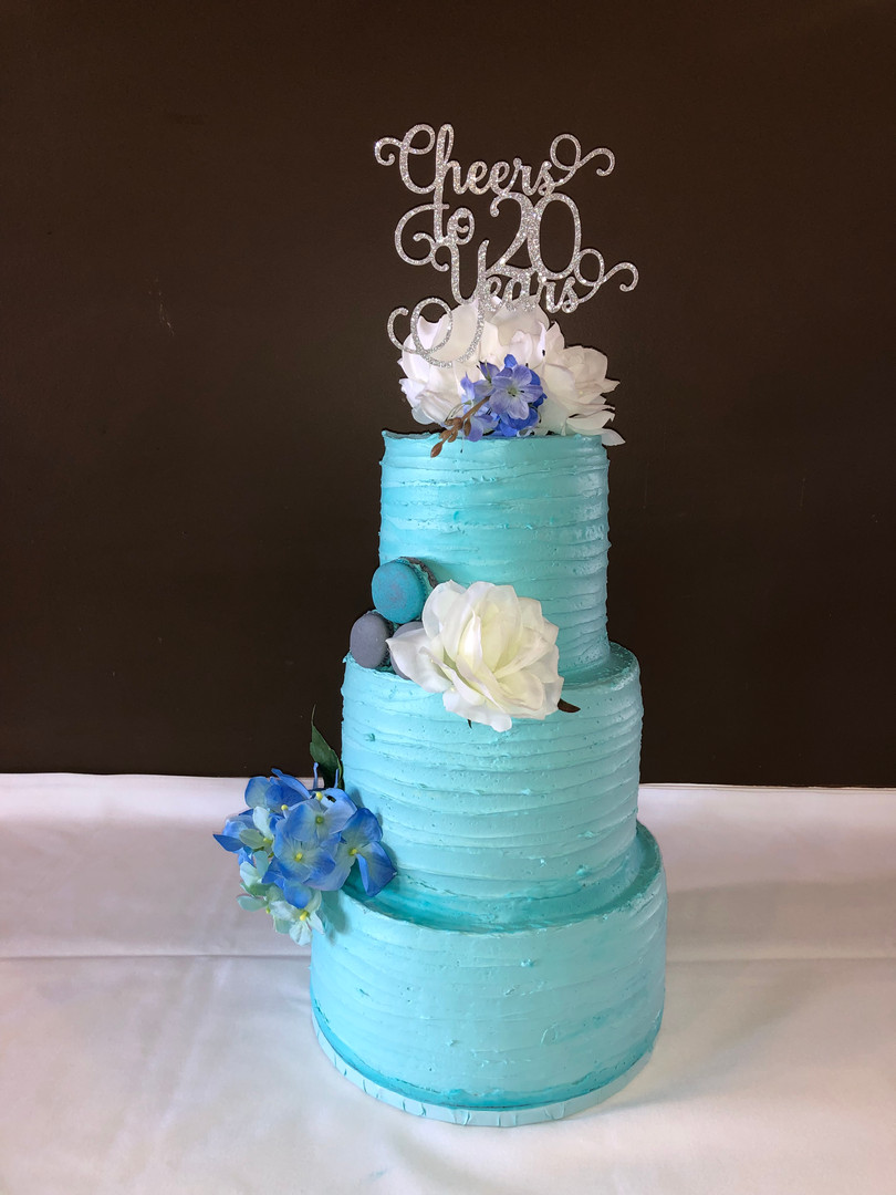 20th Anniversary Wedding Cake