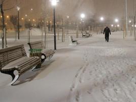 Beyaz İpek Gibi Yağdı Kar