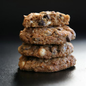 Carrot cake cookie vegan sweetened with coconut sugar