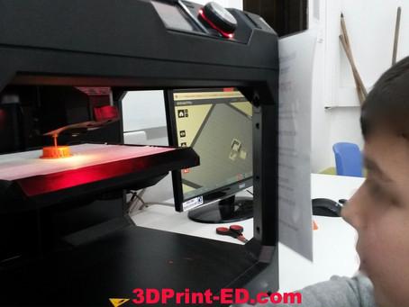 איך בוחרים מדפסת תלת מימד לבית הספר?