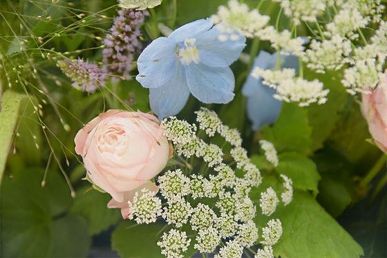 wedding flowers Surrey cotswolds Bucking