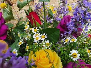 Wedding flowers Surrey Bright vibrant British Wedding Flowers