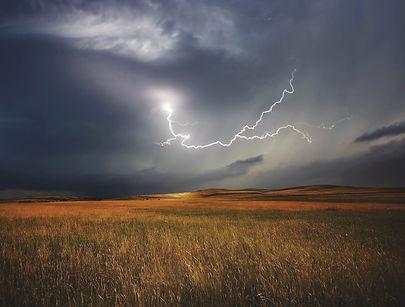 storm-730653_1920.jpg