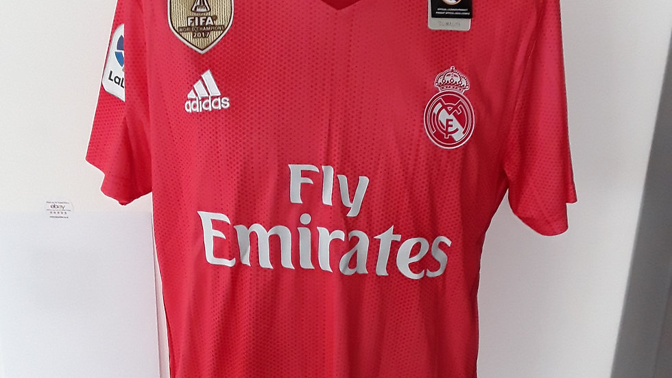 Real Madrid Away Shirt. M