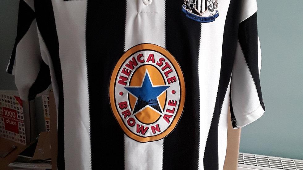 Newcastle United home shirt 1995 XL