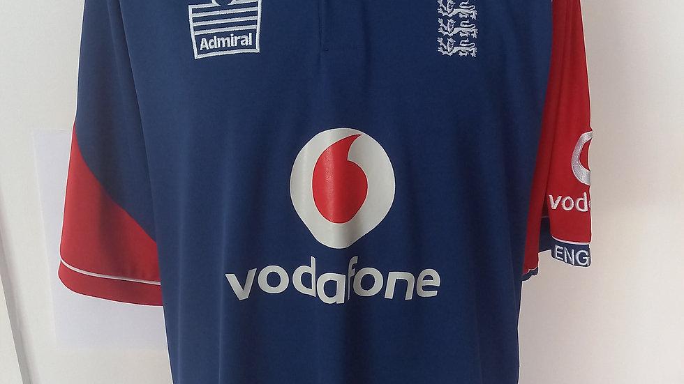 England Cricket Shirt. L