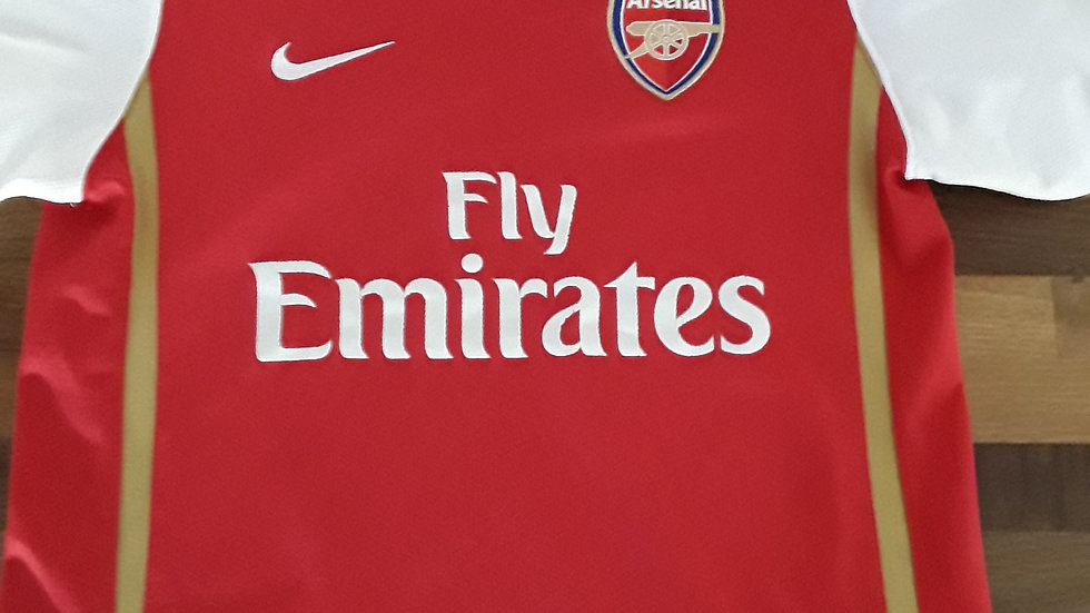 Arsenal Home Shirt. 12/13 Years