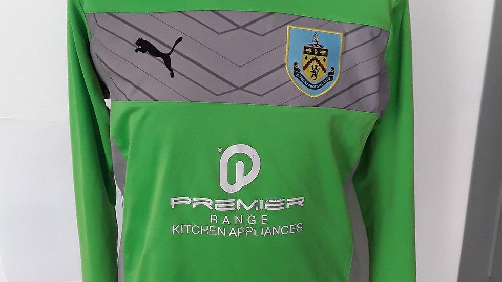 Burnley Goalkeeper Shirt. M