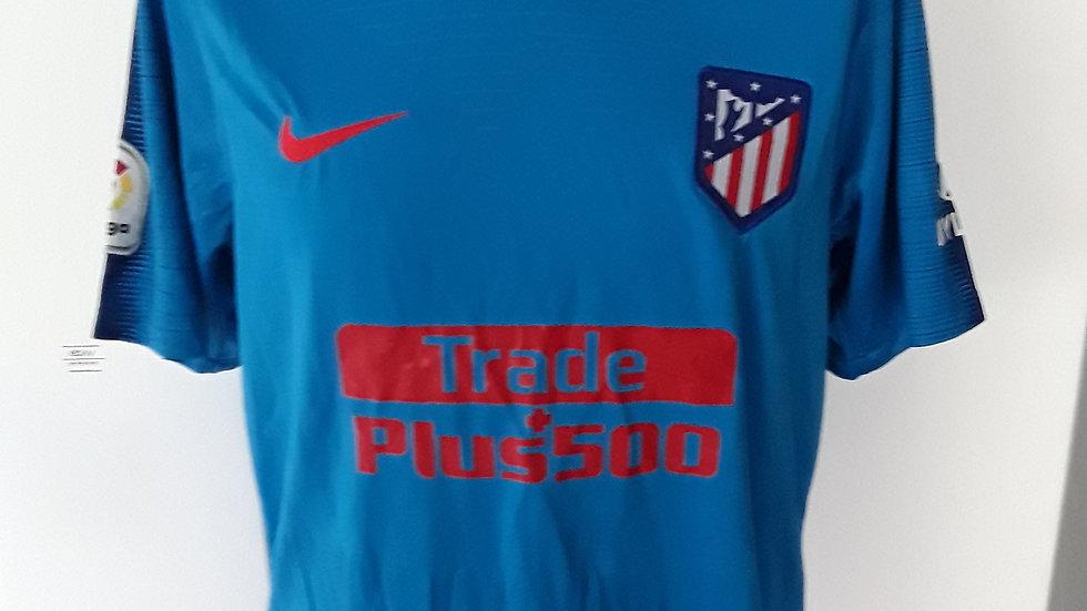 Athletic Madrid Away Shirt. M