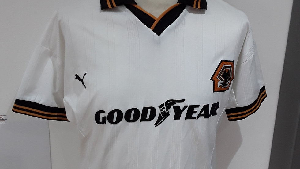 Classic Wolverhampton Wanderers wolves shirt 1999.