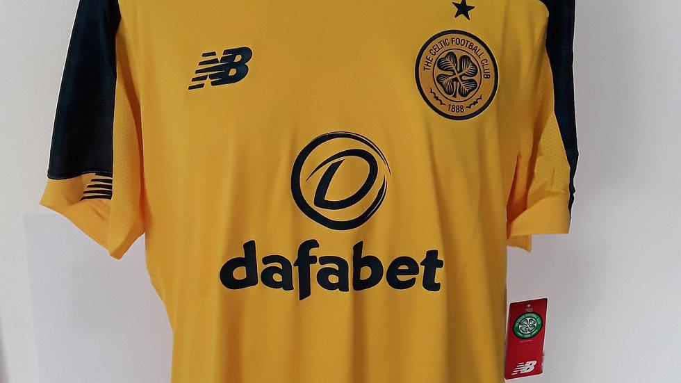 Celtic Away Shirt. L