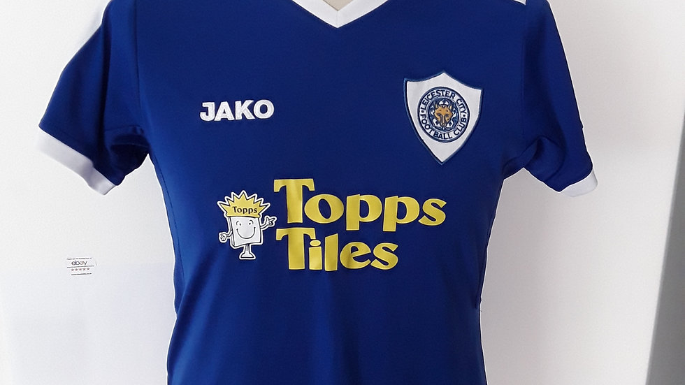 Vintage 2007 Leicester City Home Shirt. Ladies Size 12.