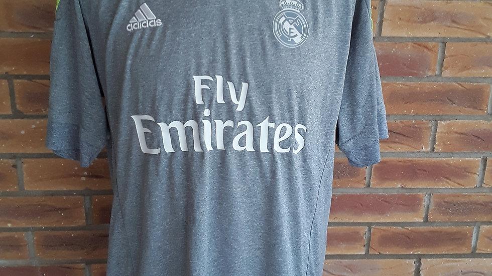 Real Madrid T Shirt Adidas Medium