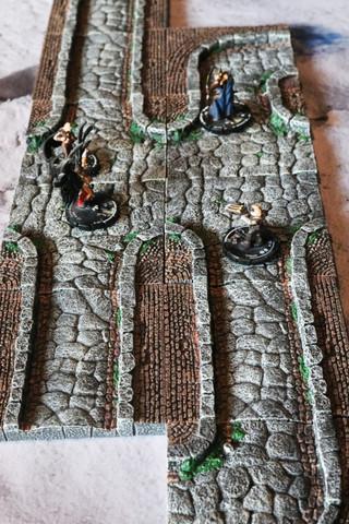 Rollenspelaccessoirebespreking: Dwarven Forge - Alley Add-On Pack