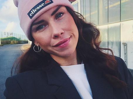 Persbericht: Laura van 'Free Love Paradise' start eigen streamingsessies en productlijn