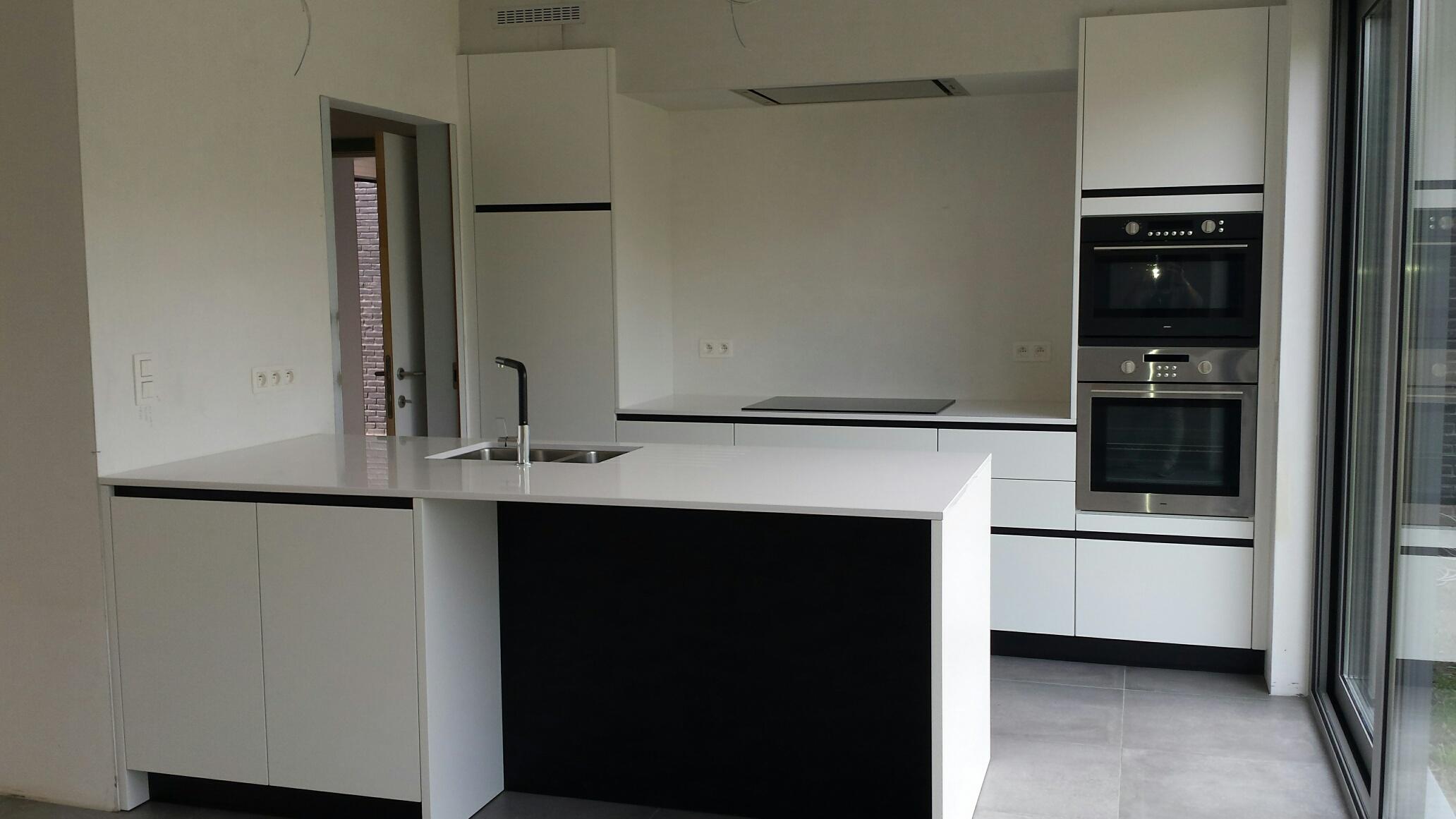 lot 15 keuken
