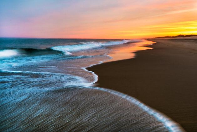 Ocean Dusk (Frameless Frame)