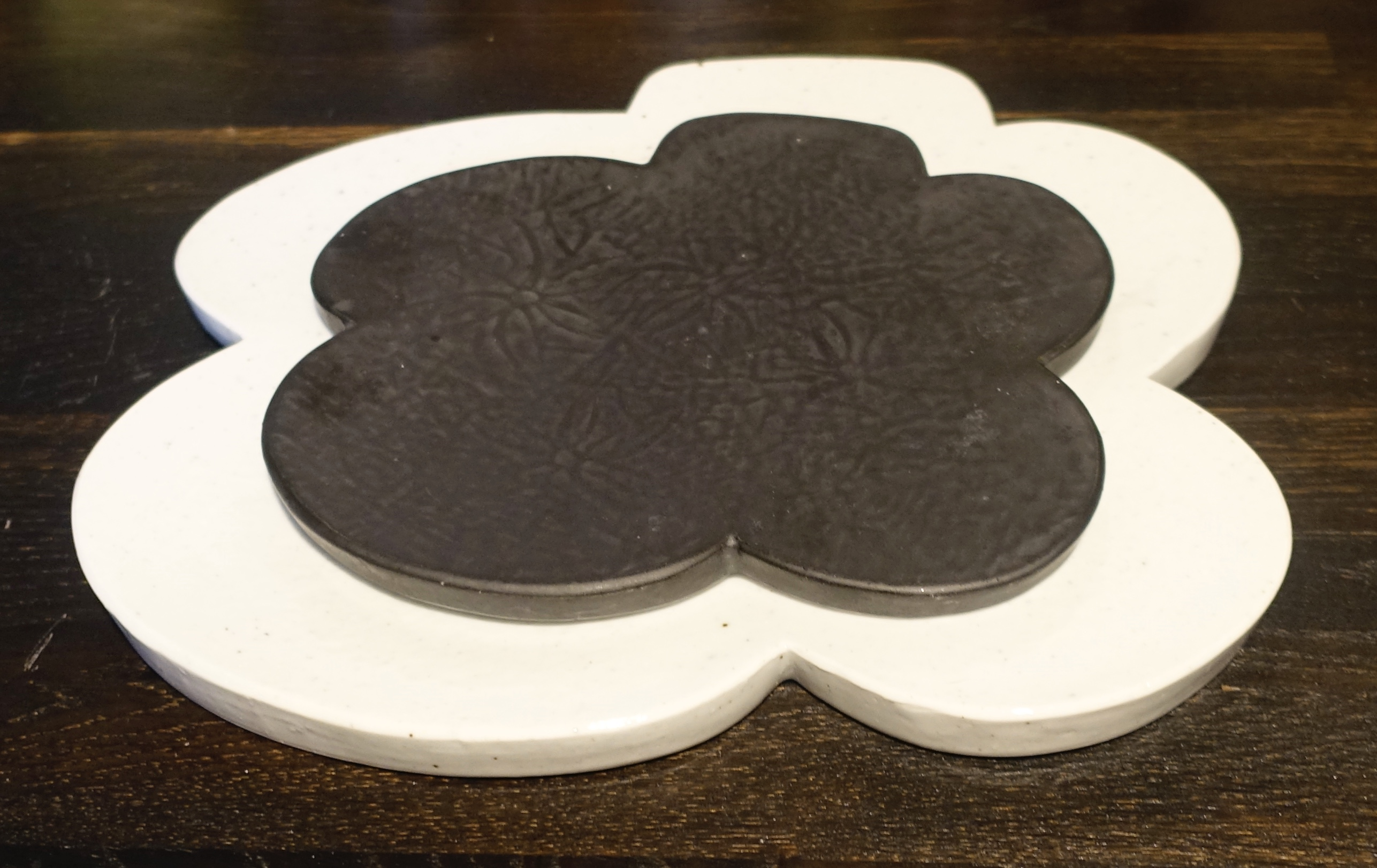 Flower Shape Plates