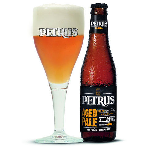 Petrus Aged Pale - bouteille & verre