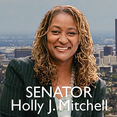 Holly MIchell.jpg